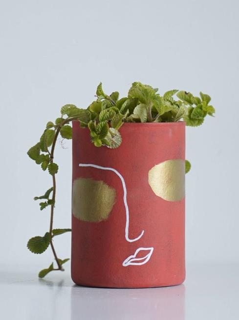 EARTH HEART Decor Red & Gold Pots & Planters