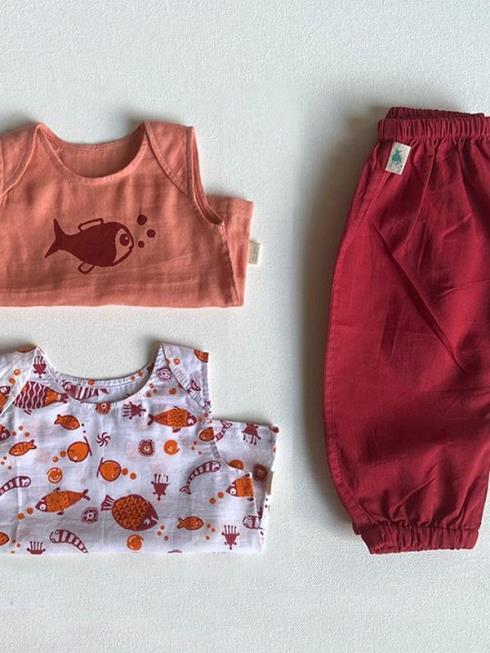 whitewater kids Kids Red & Peach Clothing Sets